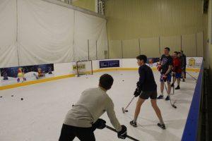 Бросковые тренировки на синтетическом льду