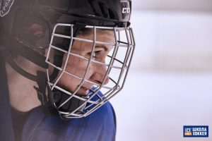 Шлем с решеткой
