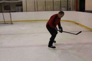 Первые шаги на коньках