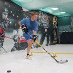 Хоккеист-любитель оттачивает мастерство