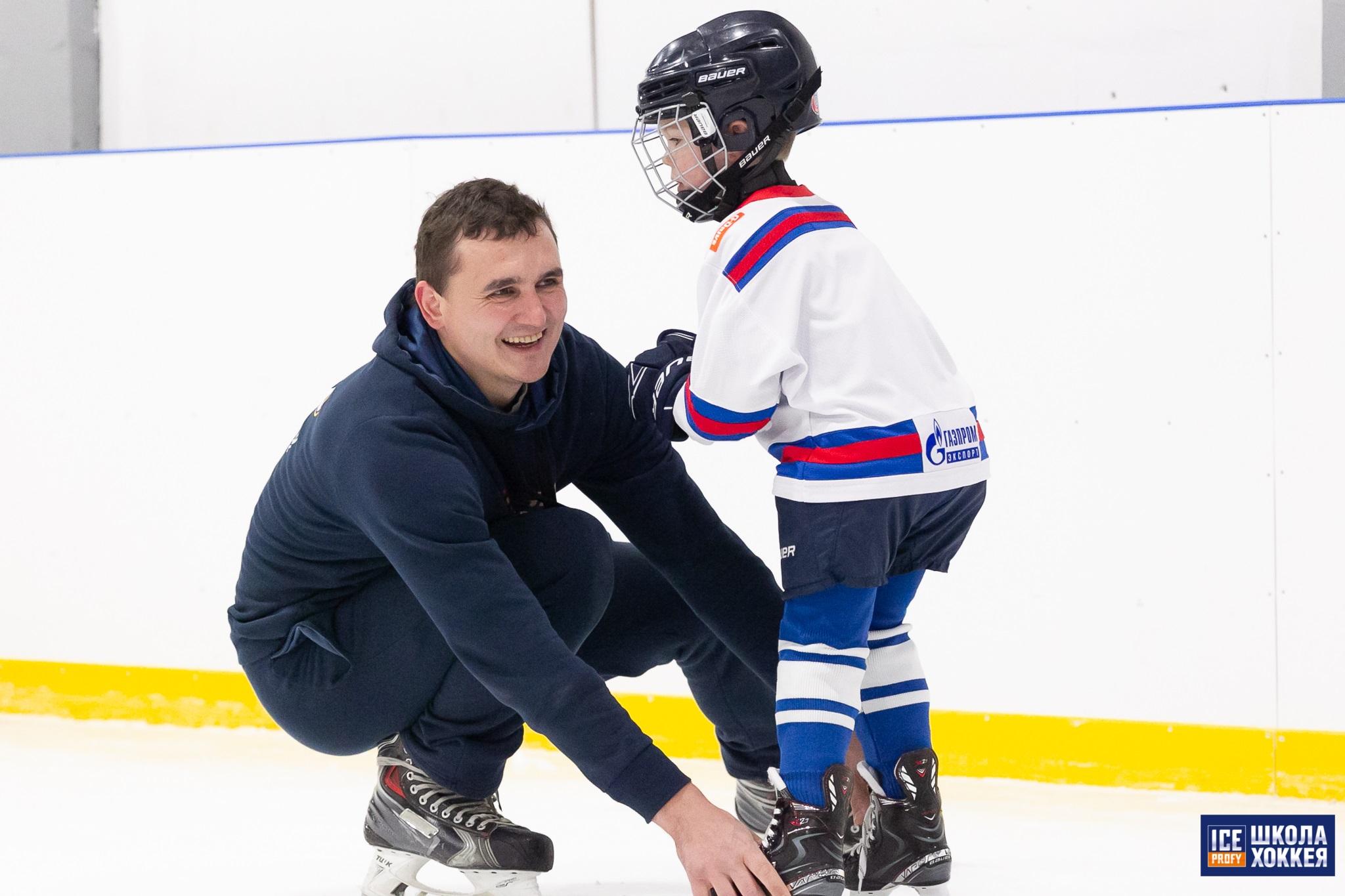 Маленький хоккейный защитник