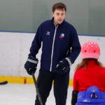 На семейной группе по хоккею