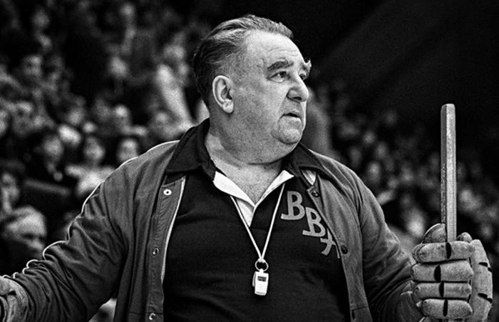 Легендарный тренер