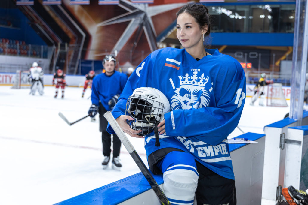 Женский хоккей