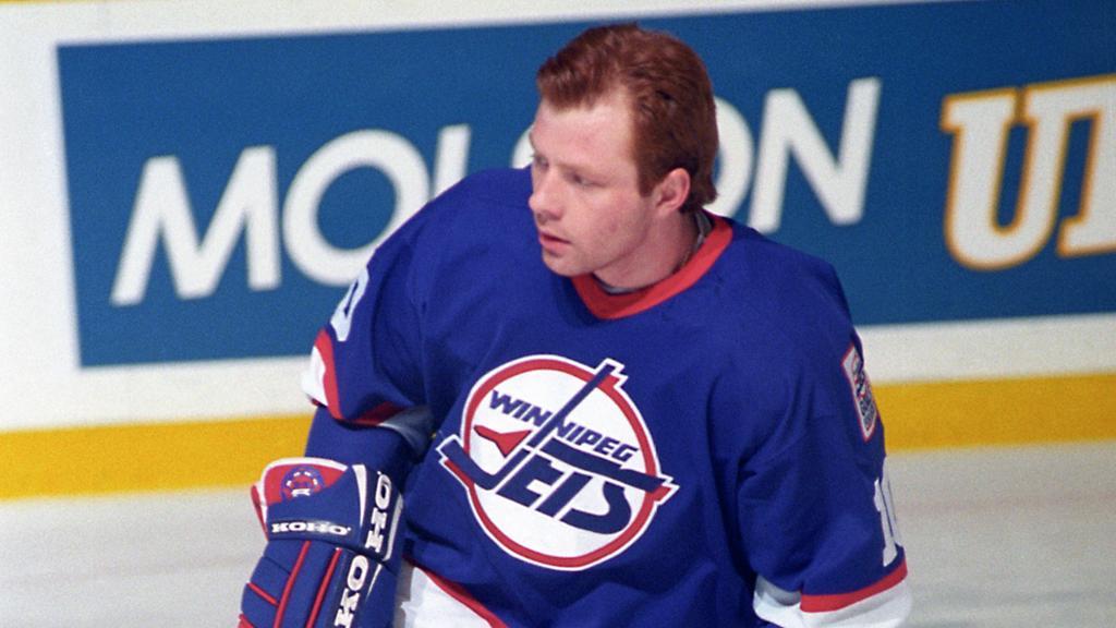 Жамнов хоккеист